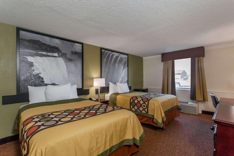 Room - Super 8 Hotel Hamburg