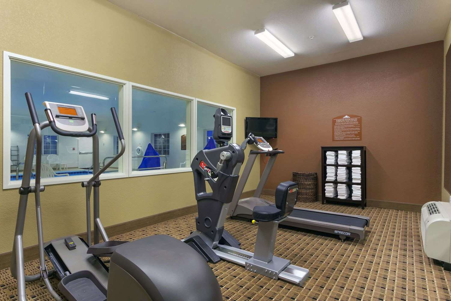 Fitness/ Exercise Room - Microtel Inn & Suites by Wyndham Minot
