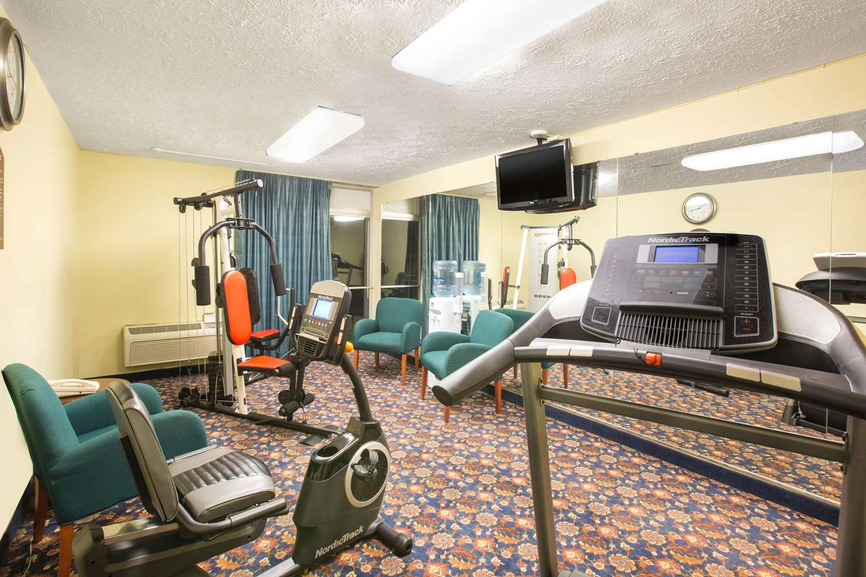 Fitness/ Exercise Room - Days Inn I-80 Grand Island