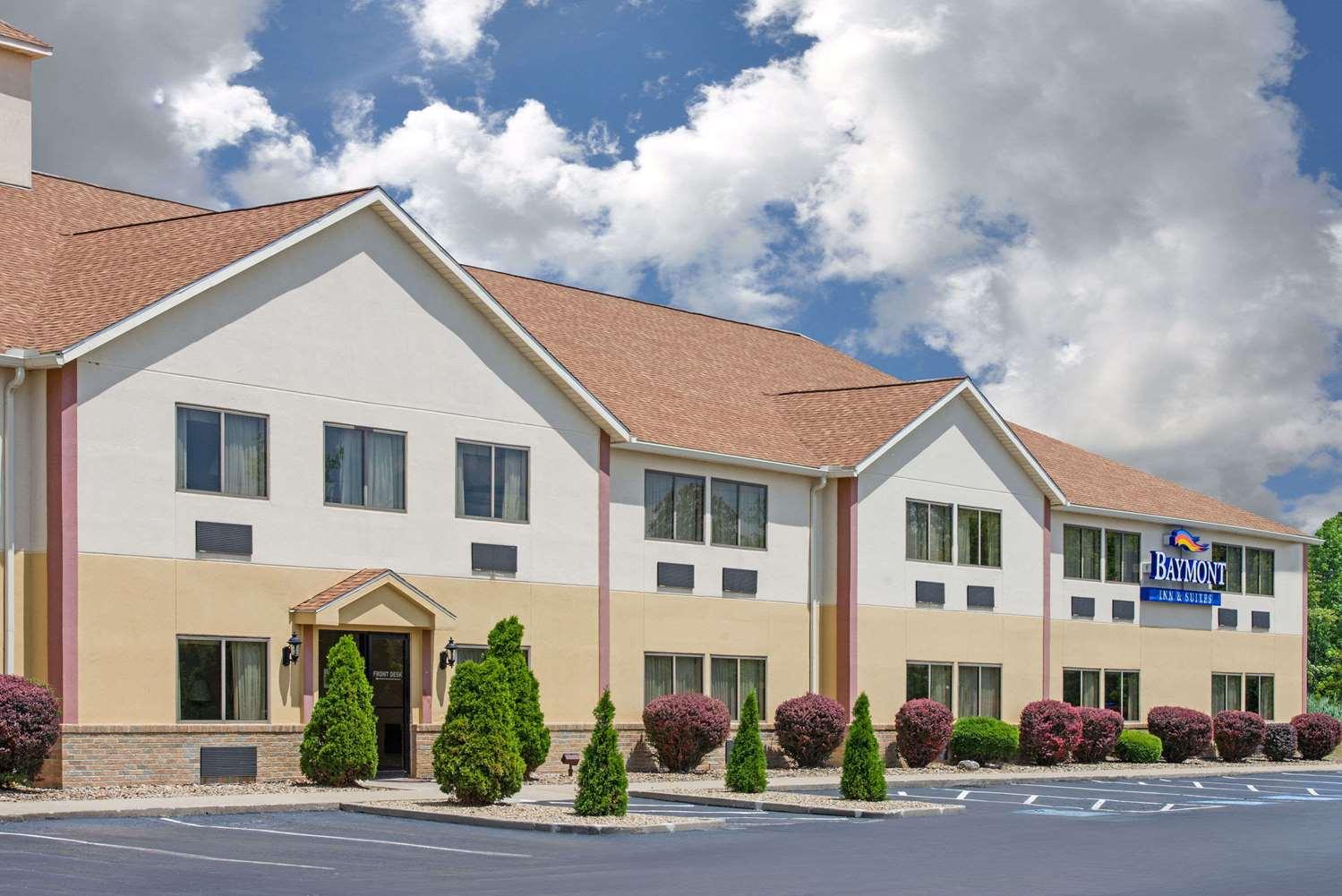 Exterior view - Baymont Inn & Suites Hudson