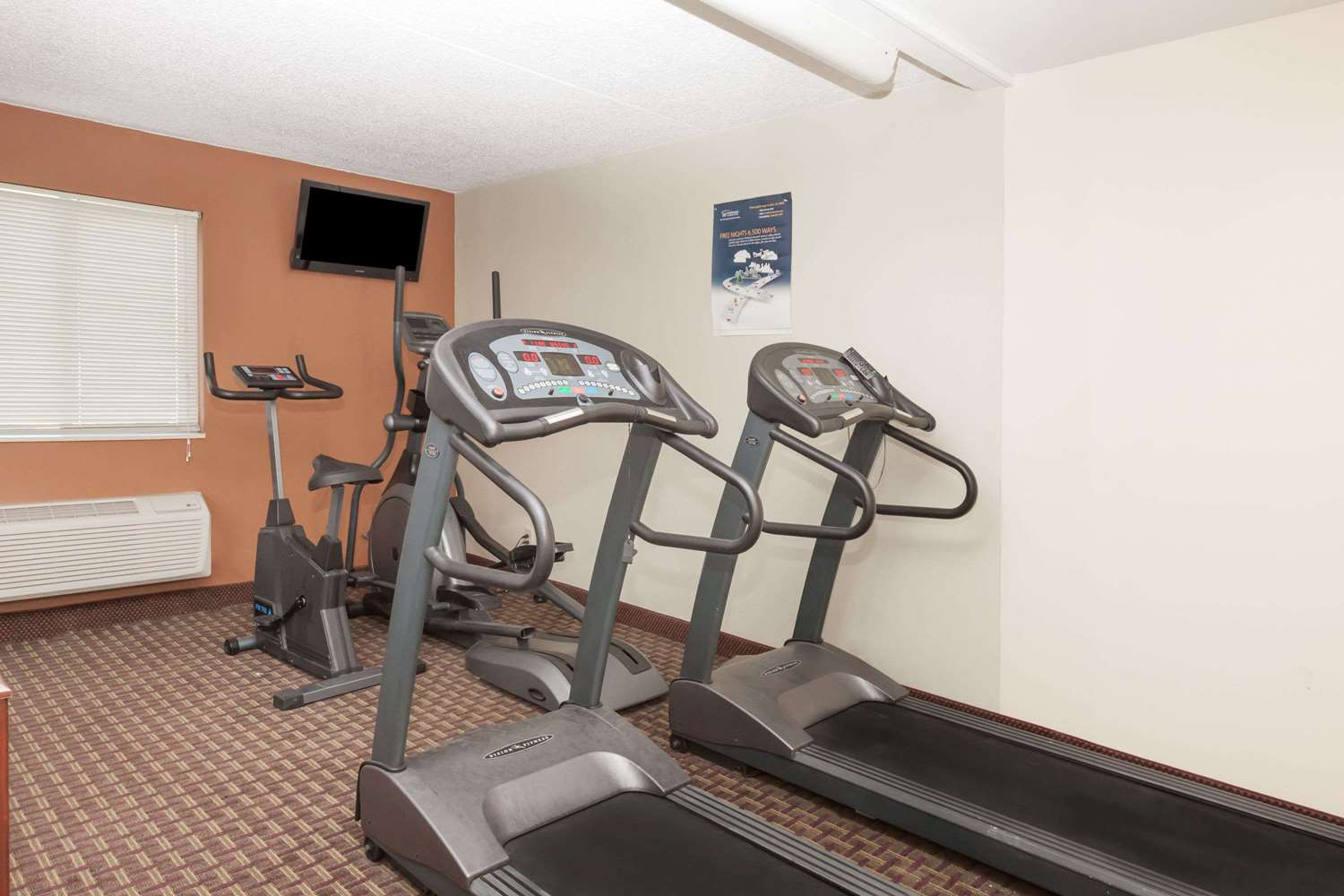 Fitness/ Exercise Room - Travelodge Inn & Suites Albany