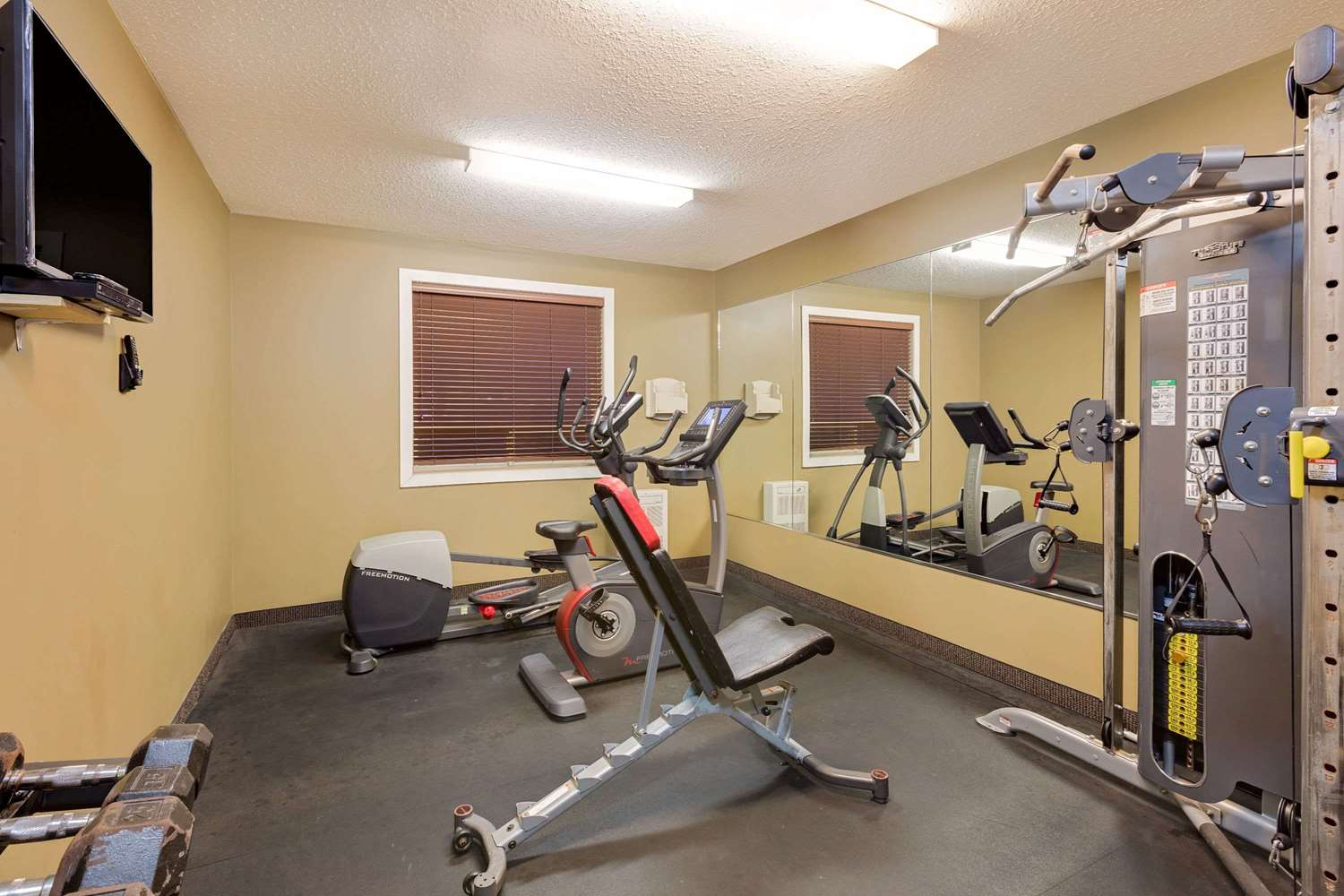 Fitness/ Exercise Room - Ramada Inn Cold Lake