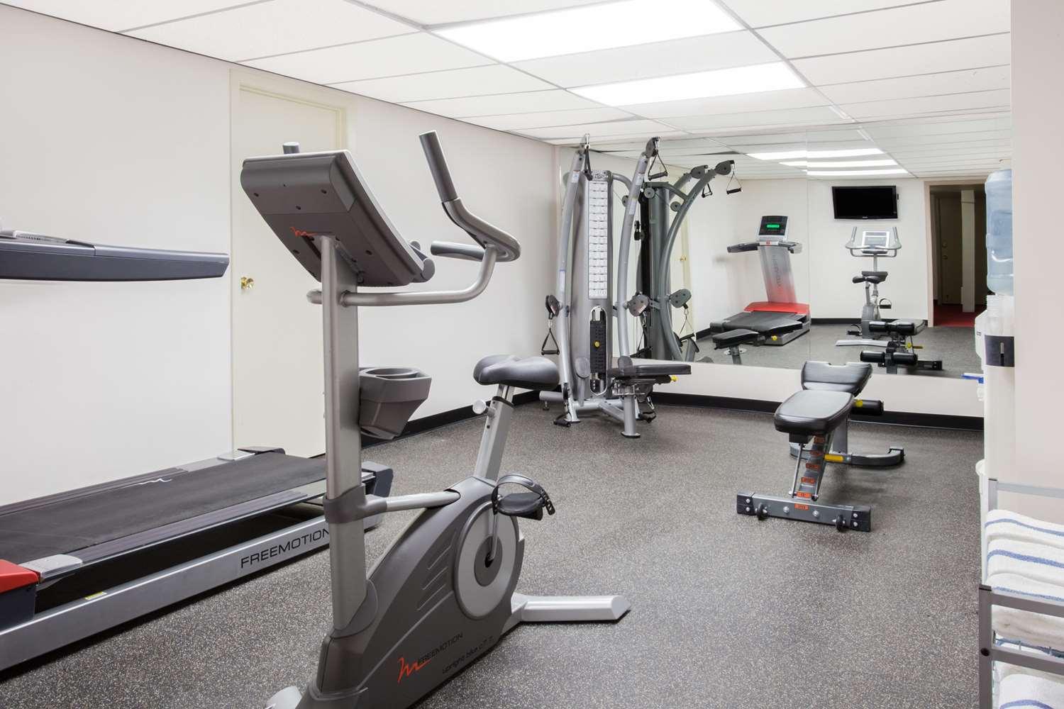Fitness/ Exercise Room - Super 8 Hotel Lethbridge