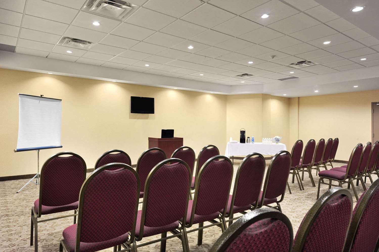 Meeting Facilities - Days Inn Brampton