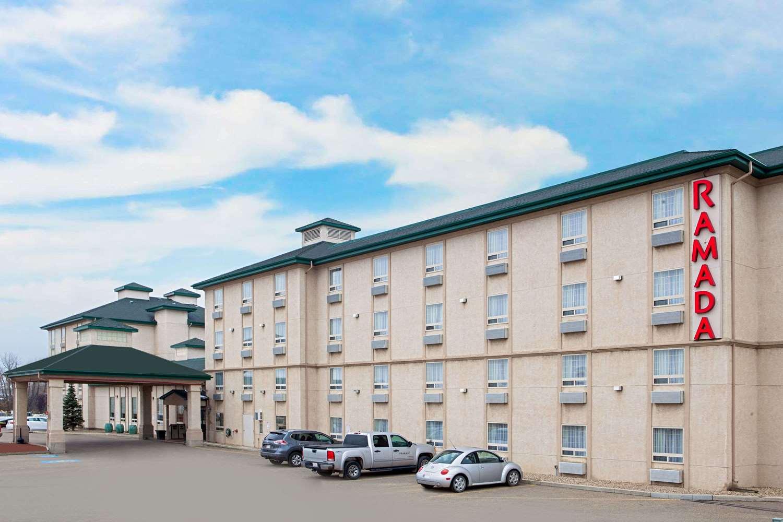 Exterior view - Ramada Inn & Suites Red Deer