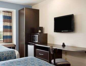 Room - Microtel Inn & Suites by Wyndham Belle Chasse