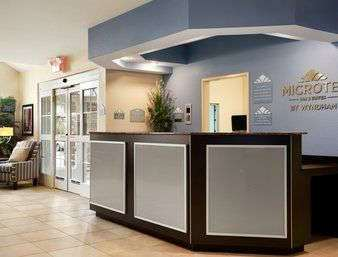 Lobby - Microtel Inn & Suites by Wyndham Belle Chasse