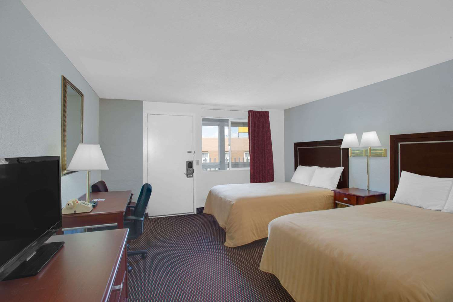 Room - Travelodge Bangor