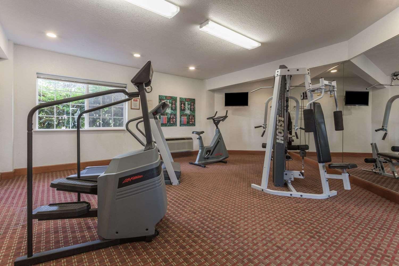 Fitness/ Exercise Room - Ramada Hotel Portland