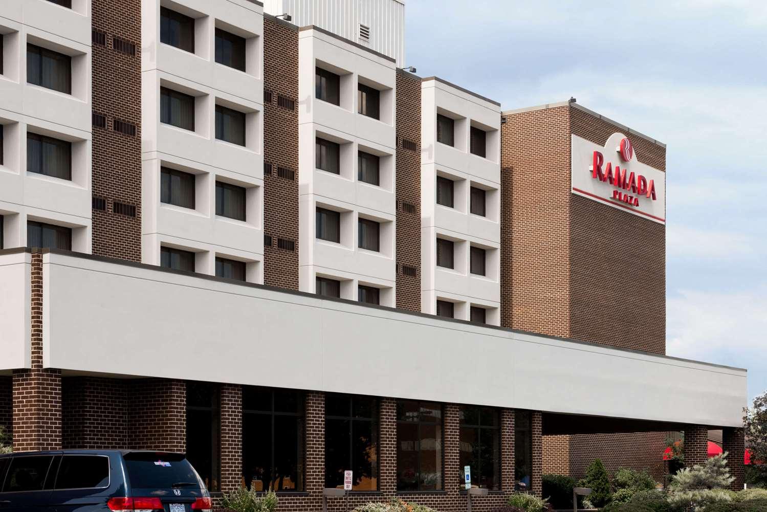 Exterior view - Ramada Plaza Hotel Hagerstown