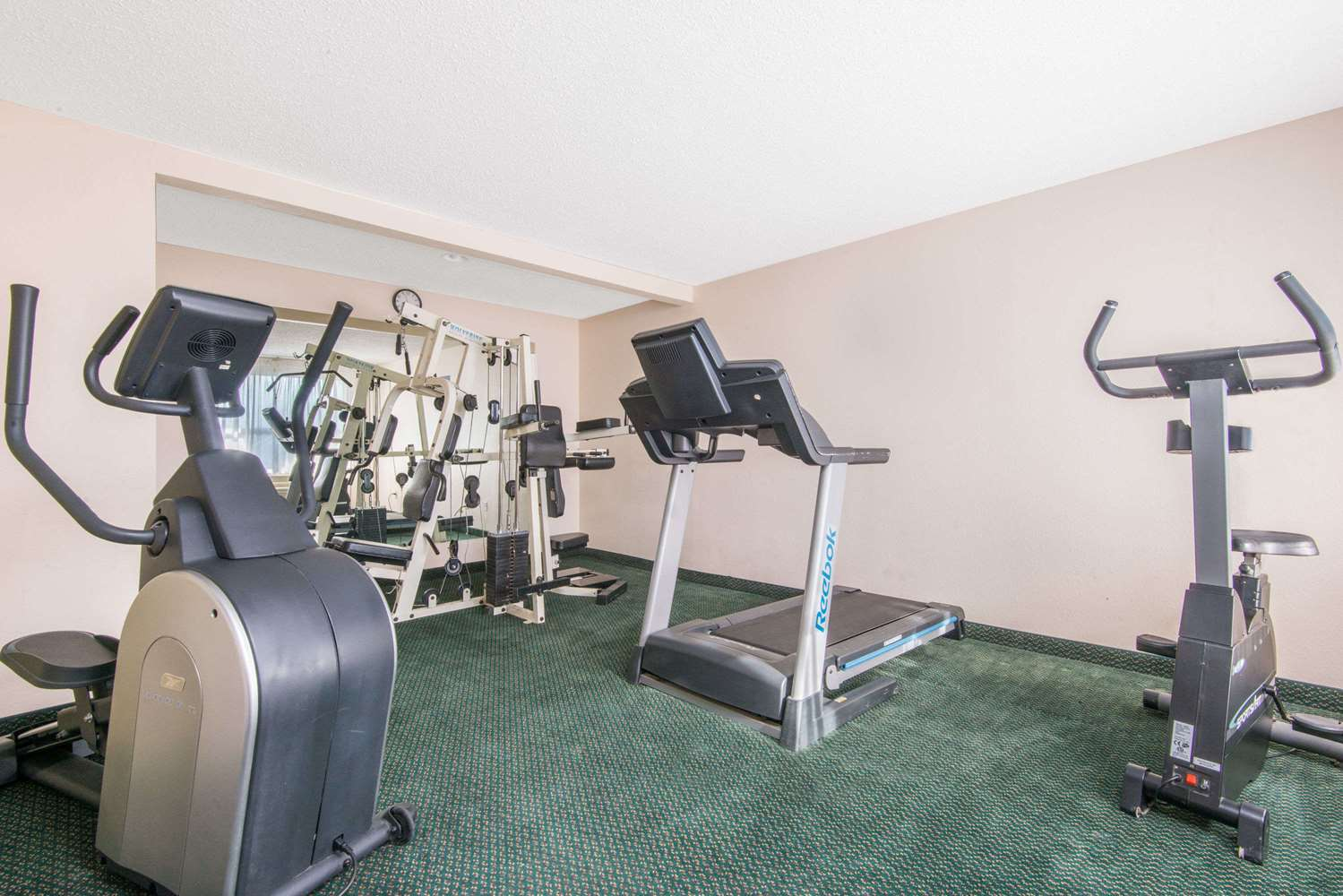 Fitness/ Exercise Room - Days Inn & Suites East Wichita