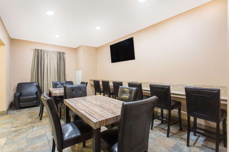 Meeting Facilities - Travelodge Yuba City