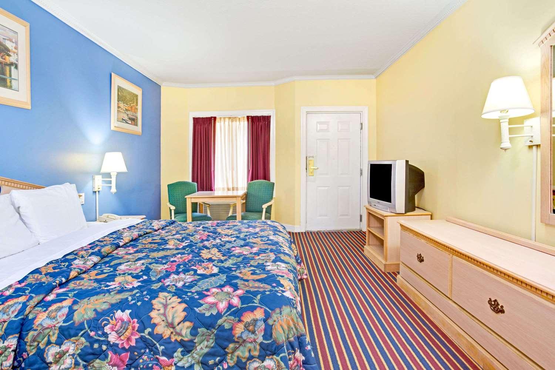 Room - Days Inn Kingsland