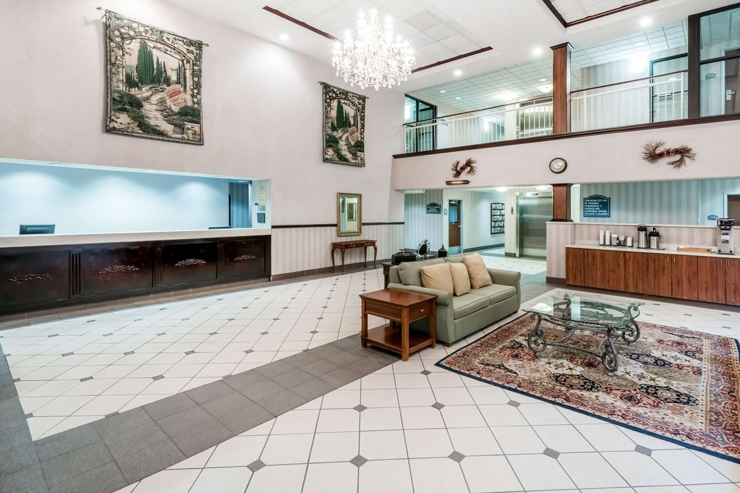 Lobby - Ramada Inn Harrisburg