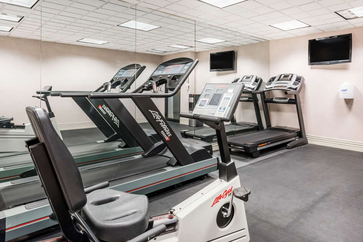 Fitness/ Exercise Room - Ramada Inn Harrisburg
