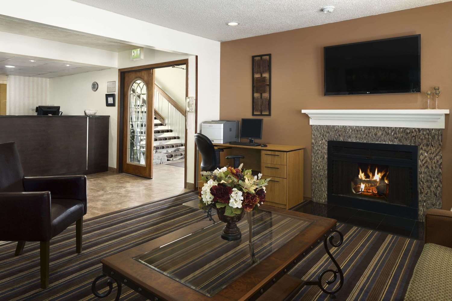 Lobby - Hawthorn Suites by Wyndham Fort Wayne