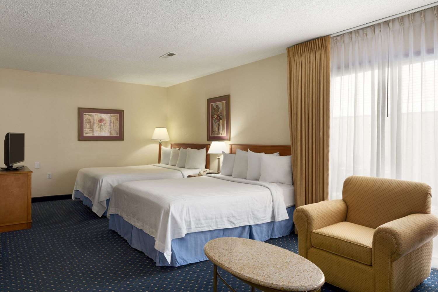 hawthorn suites by wyndham fort wayne in see discounts