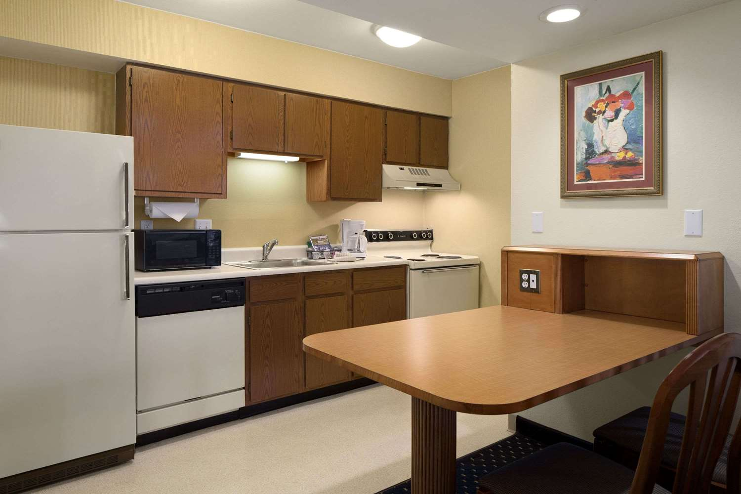 Suite - Hawthorn Suites by Wyndham Fort Wayne