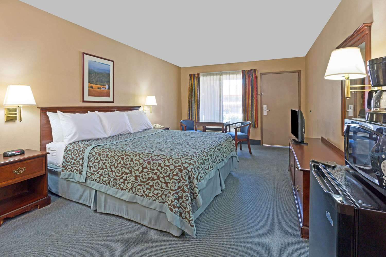 Suite - Days Inn Rialto