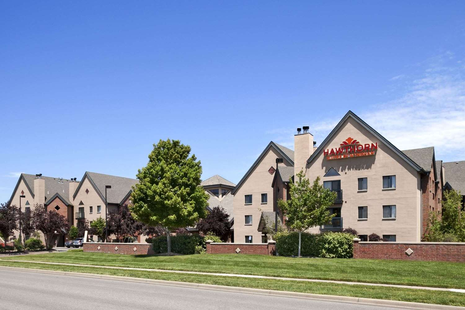 Exterior view - Hawthorn Suites by Wyndham at Overland Park