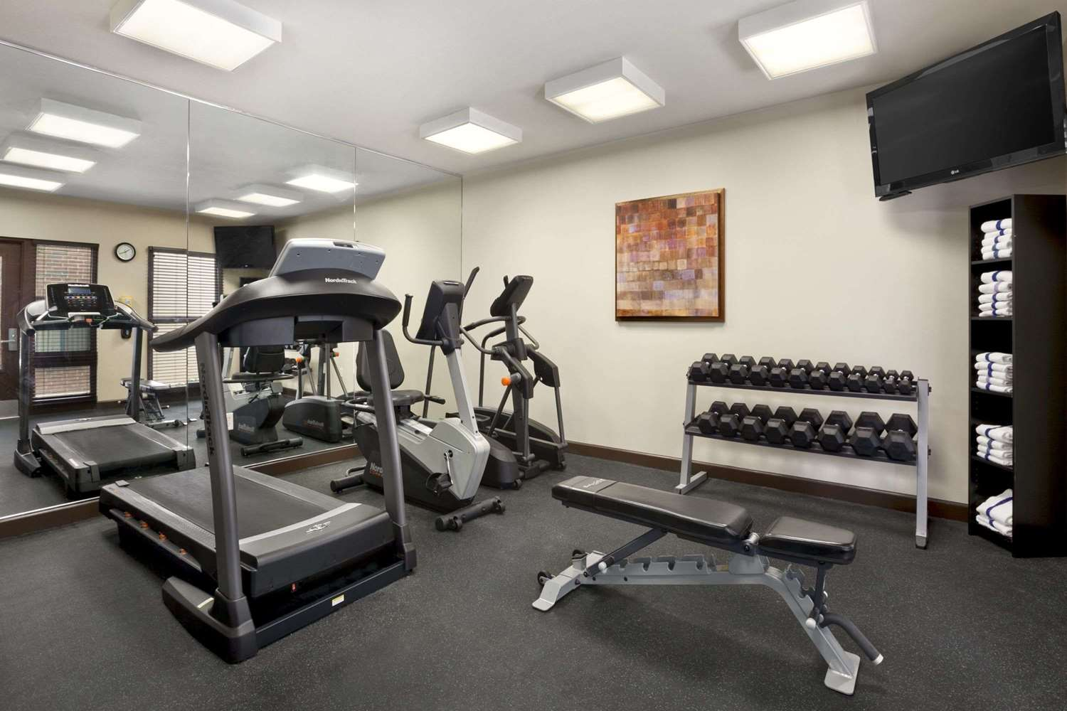 Fitness/ Exercise Room - Hawthorn Suites by Wyndham at Overland Park