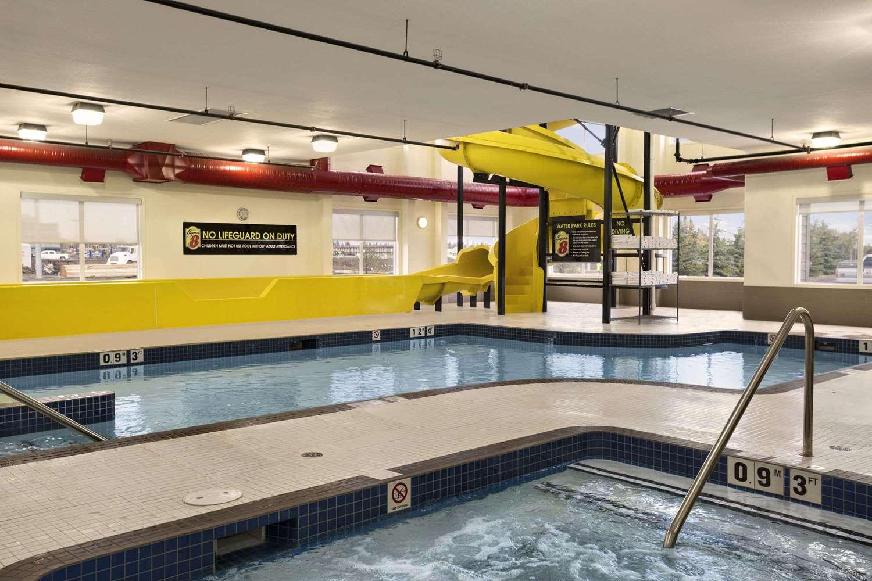 Pool - Super 8 Hotel Lloydminster