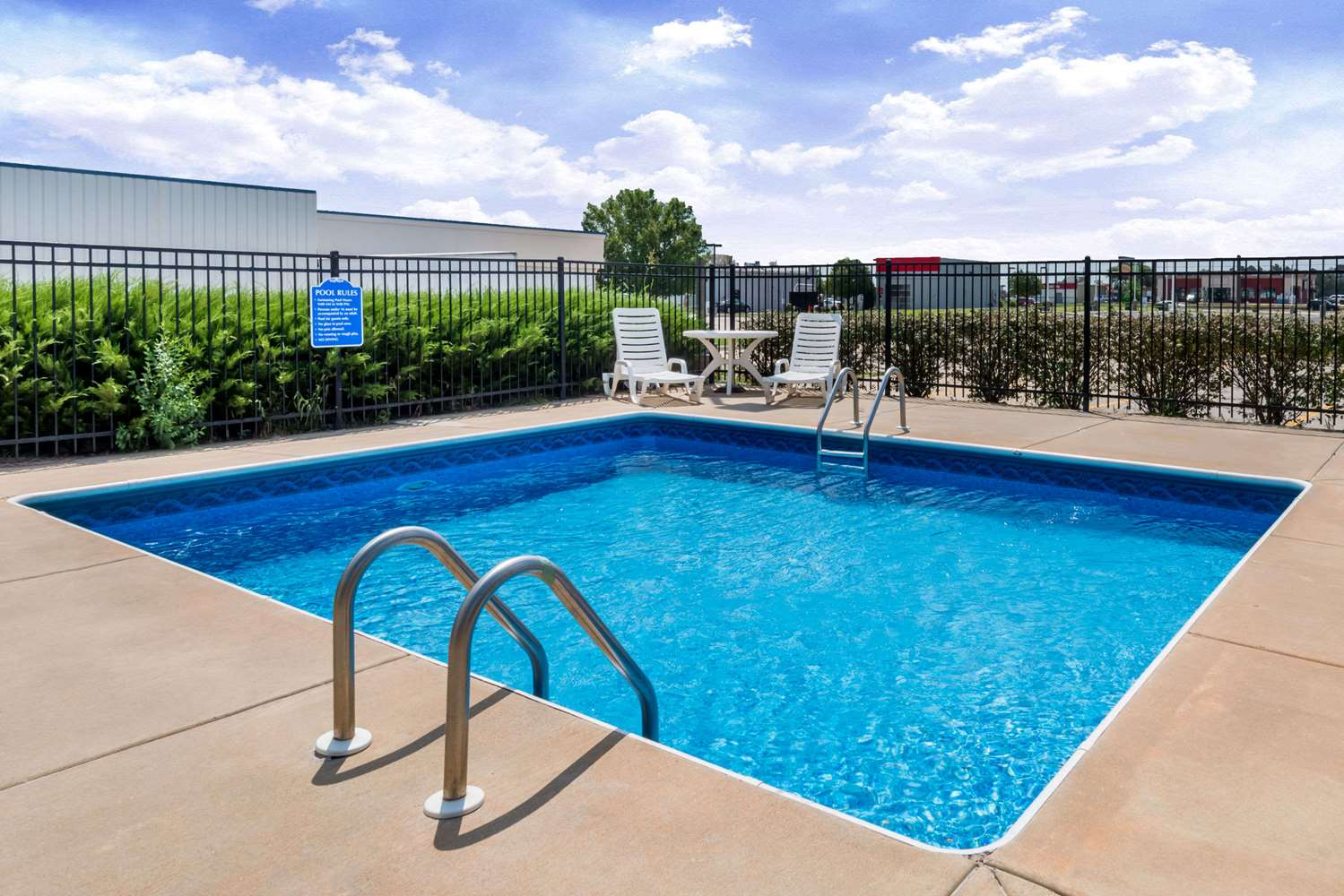 Pool - Days Inn Andover