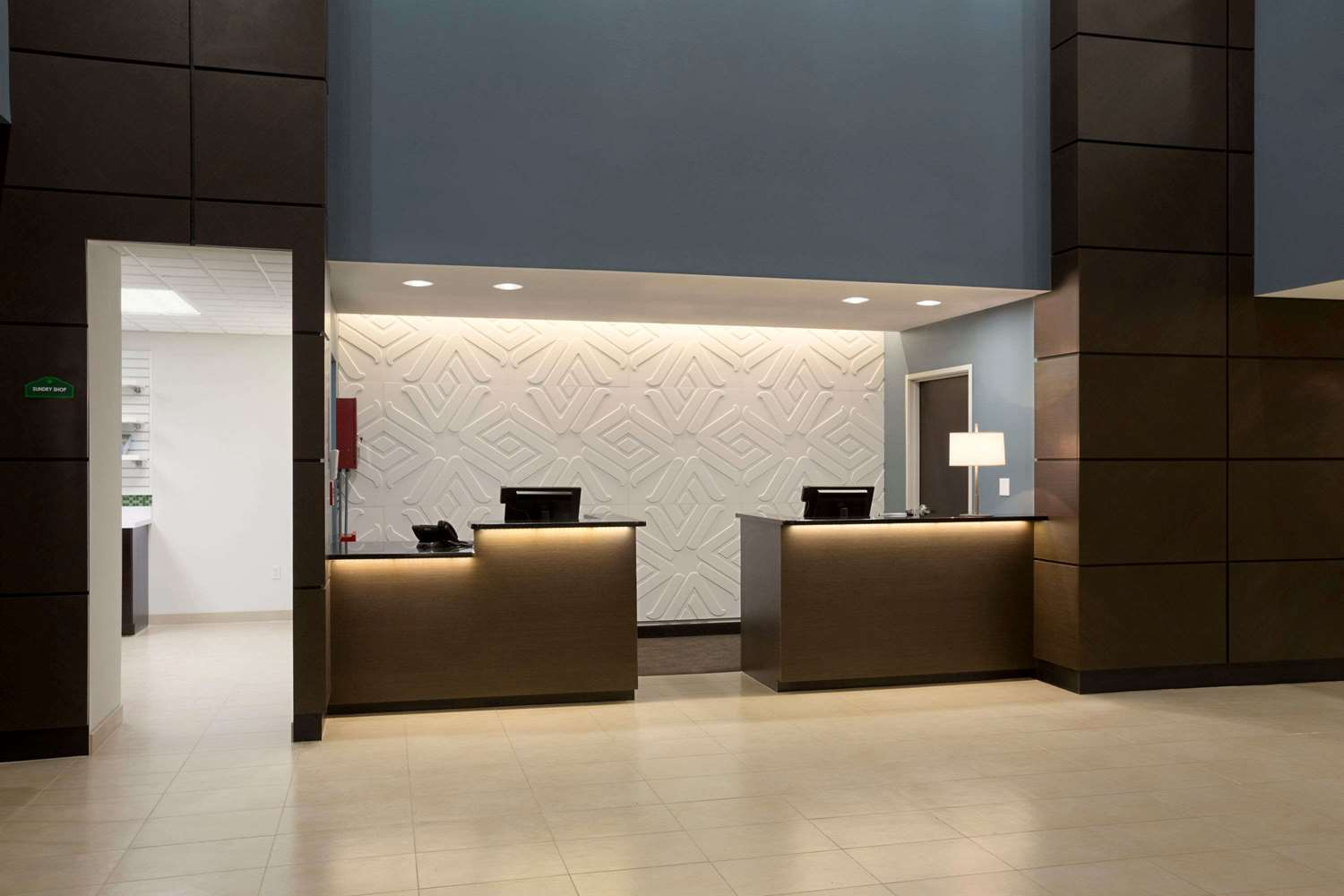 Lobby - Wingate by Wyndham Hotel East Slidell