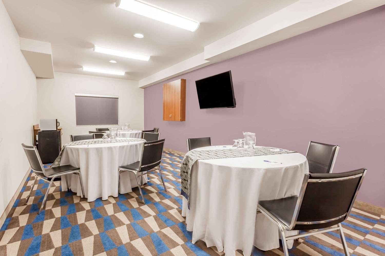 Meeting Facilities - Microtel Inn & Suites by Wyndham Sault Ste Marie