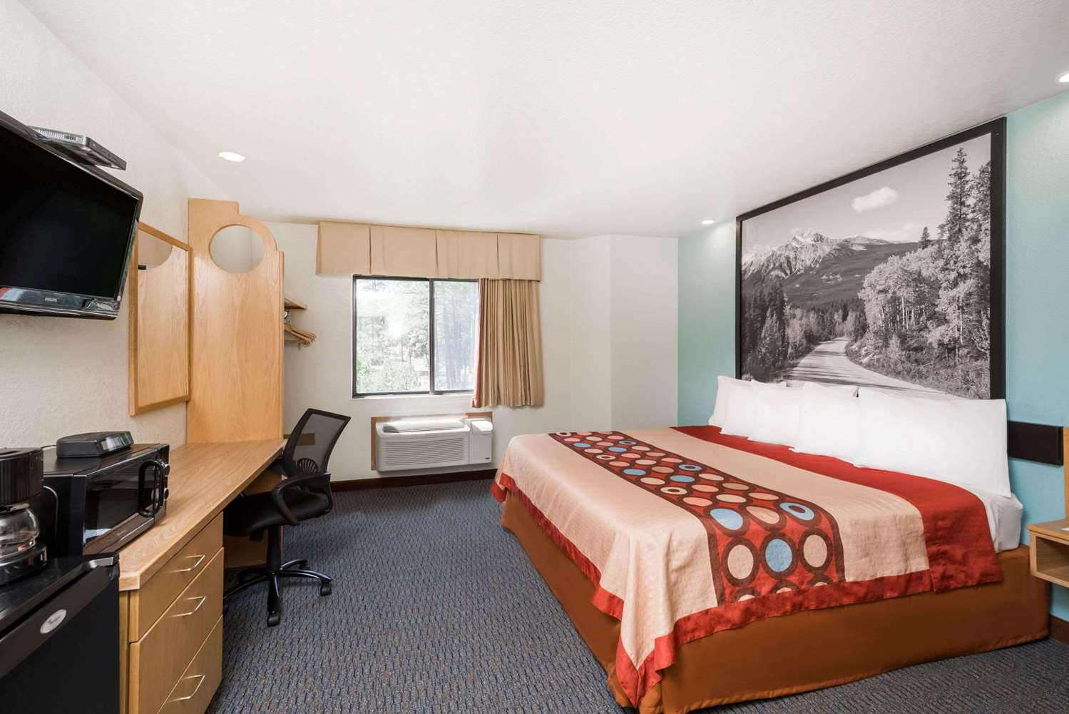 Room - Super 8 Hotel Show Low