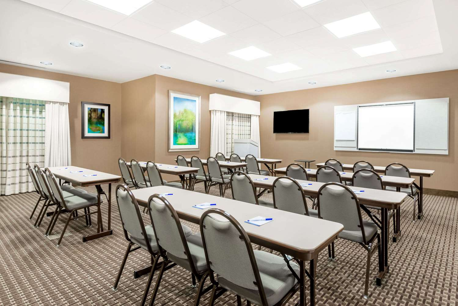 Meeting Facilities - Baymont Inn & Suites Erie