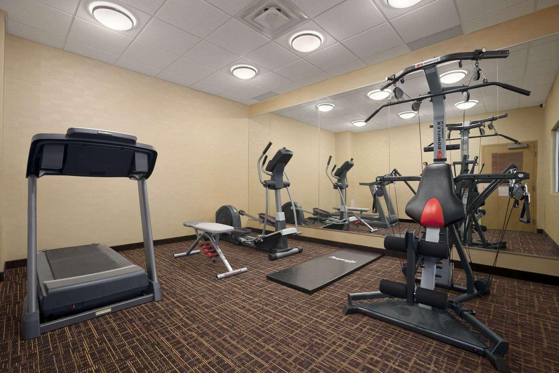 Fitness/ Exercise Room - Days Inn & Suites Airport Winnipeg