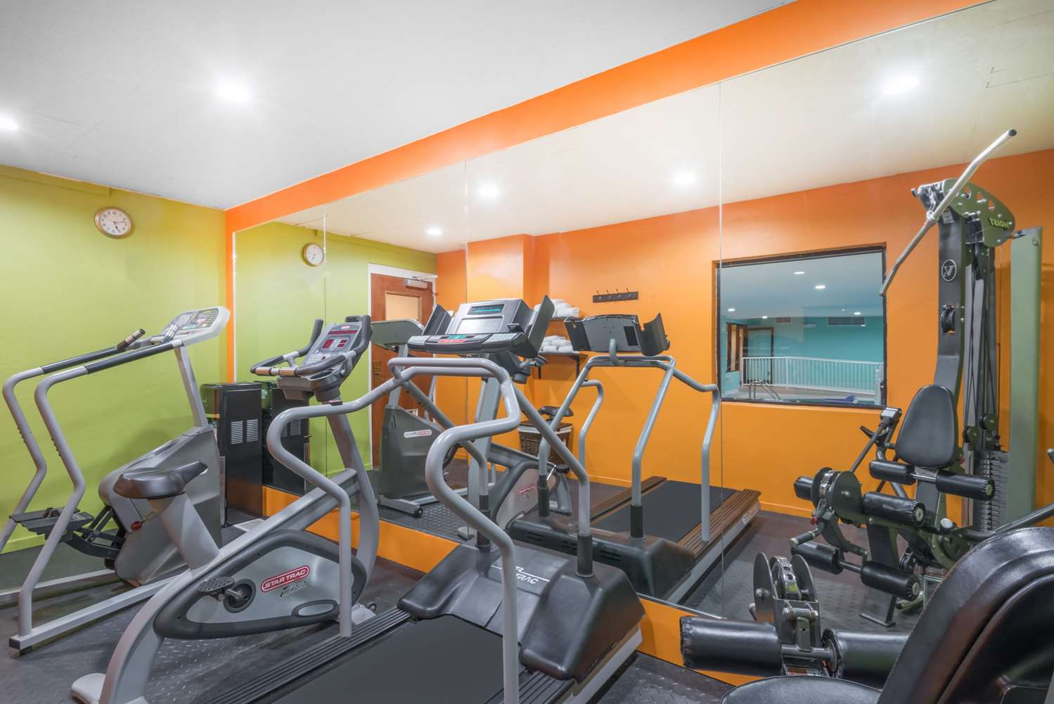 Fitness/ Exercise Room - Baymont Inn & Suites Georgetown