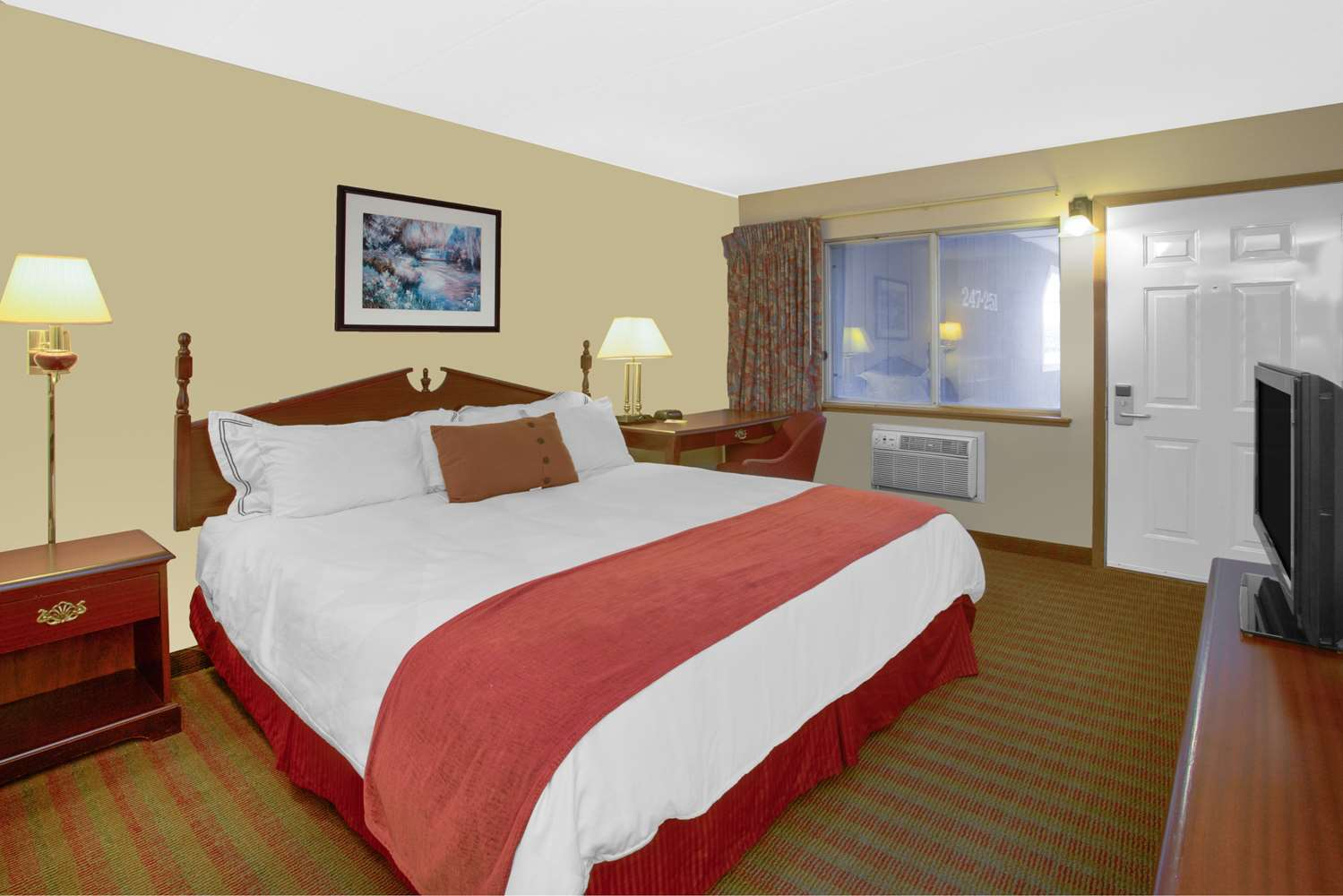 Room - Days Inn Davenport
