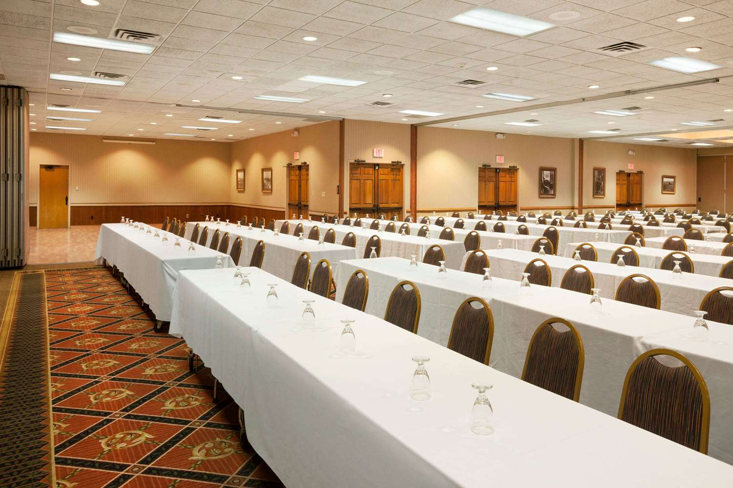 Meeting Facilities - Ramada Hotel Williamsburg