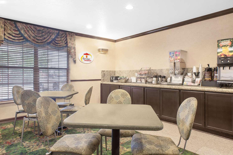 proam - Super 8 Hotel Corpus Christi