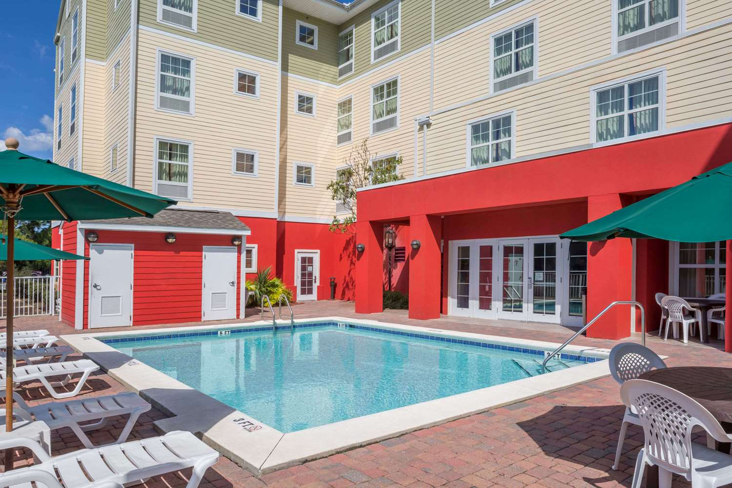 Exterior view - Hawthorn Suites by Wyndham Panama City Beach