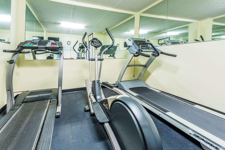 Fitness/ Exercise Room - Days Inn St Augustine Road Valdosta