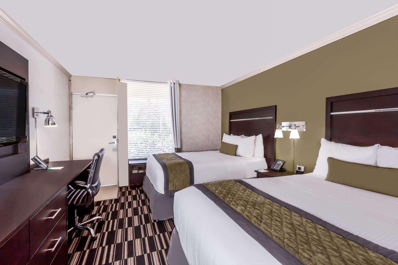 Room - Wyndham Garden Inn Airport San Jose