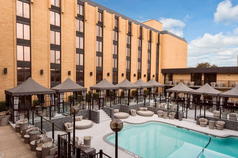 Pool - Wyndham Garden Hotel North Farmers Branch