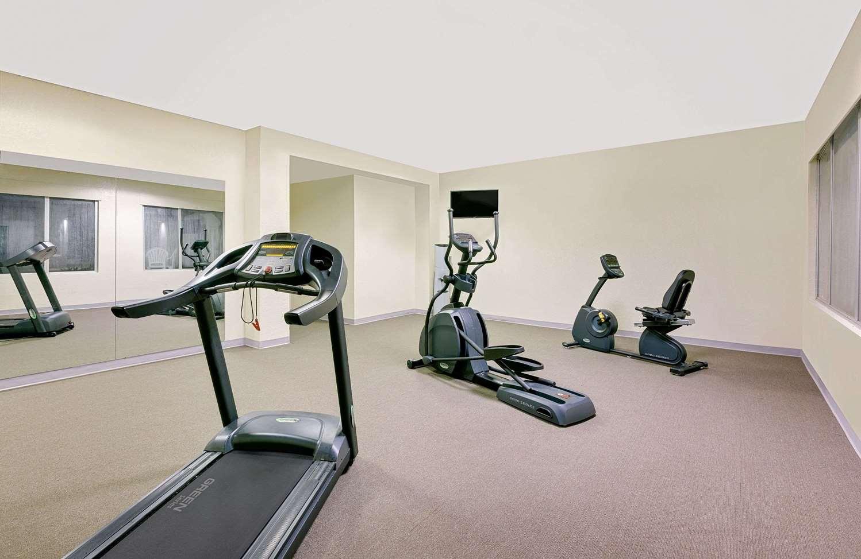 Fitness/ Exercise Room - Baymont Inn & Suites Keokuk