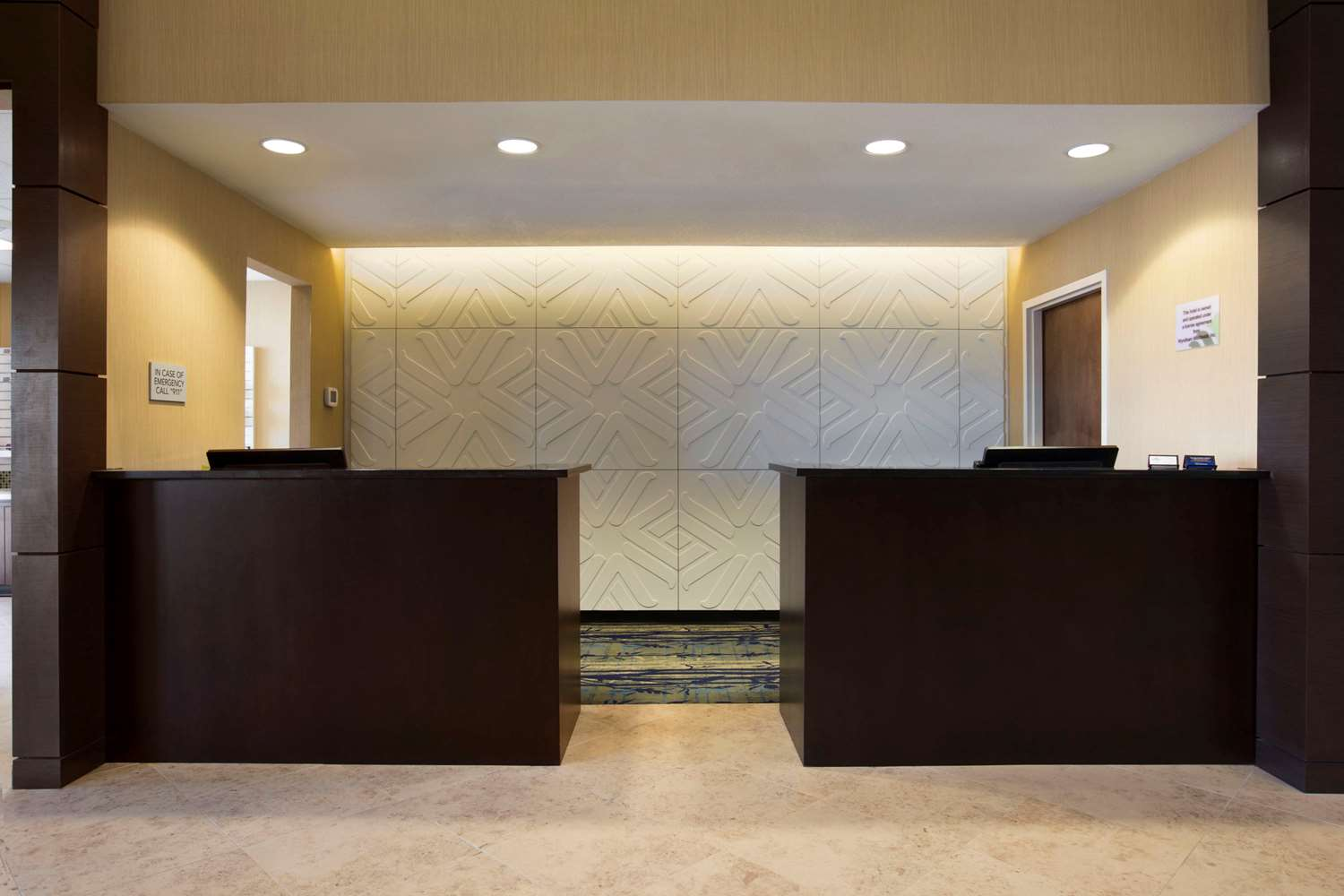 Lobby - Wingate by Wyndham Hotel Seminole