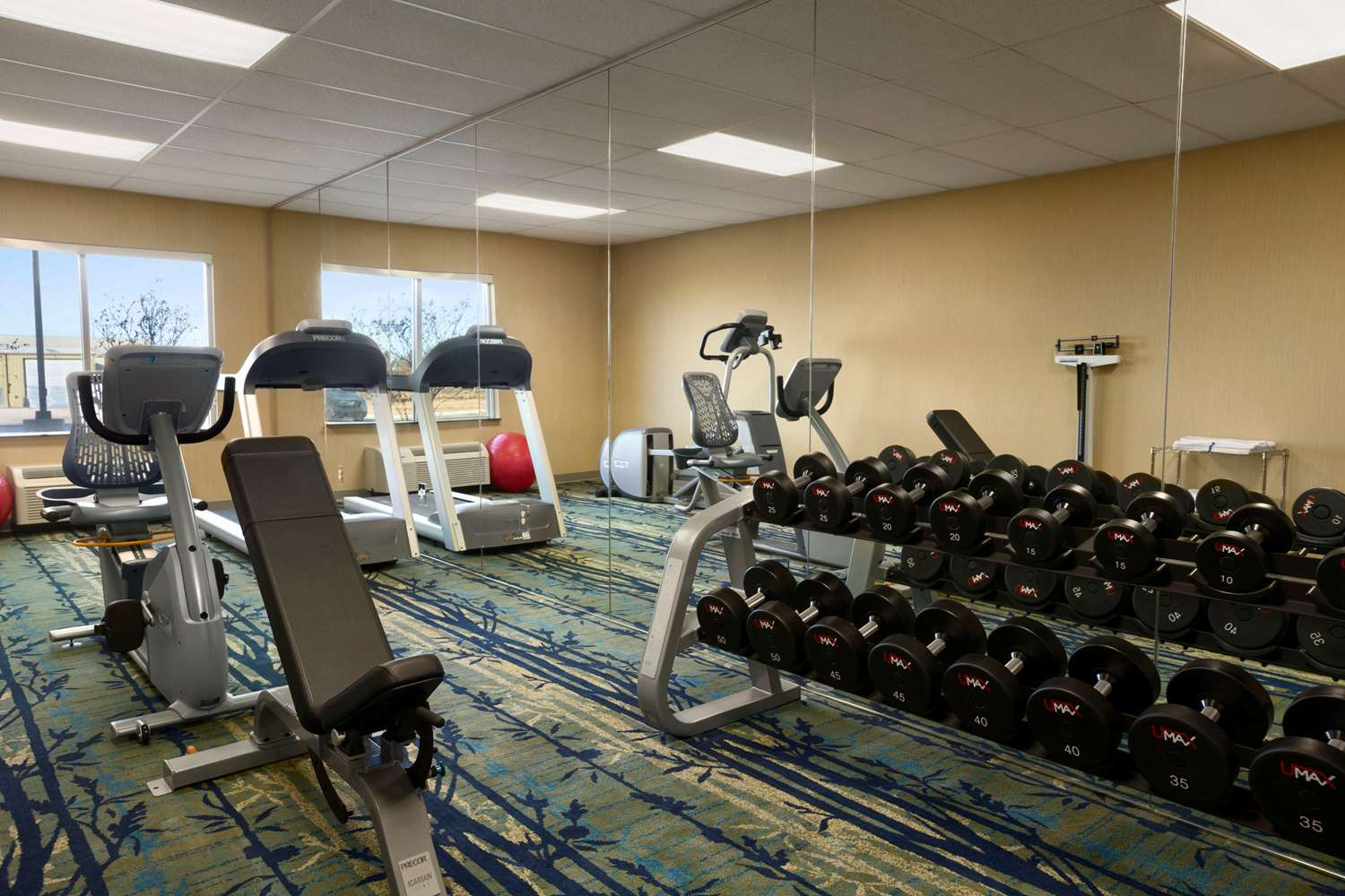 Fitness/ Exercise Room - Wingate by Wyndham Hotel Seminole
