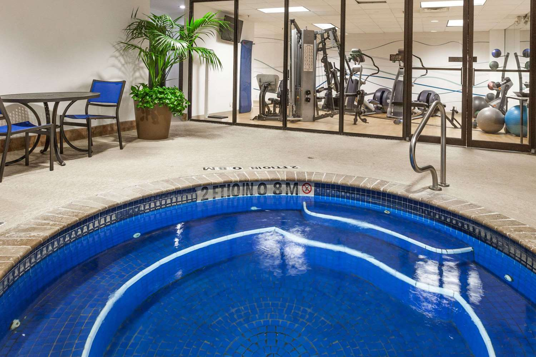 Fitness/ Exercise Room - Wyndham Hotel West Energy Corridor Houston