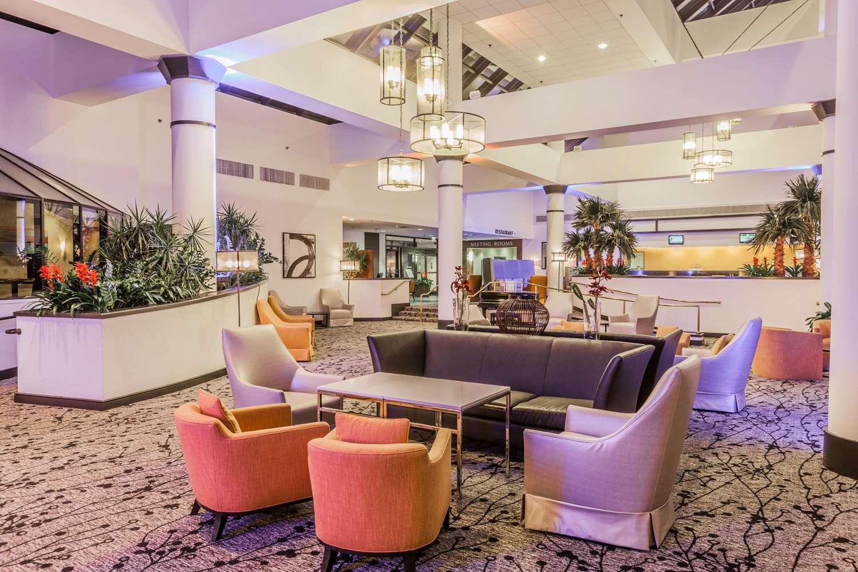 Lobby - Wyndham Hotel West Energy Corridor Houston