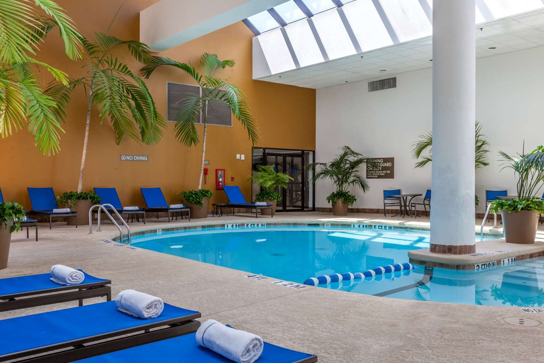 Pool - Wyndham Hotel West Energy Corridor Houston