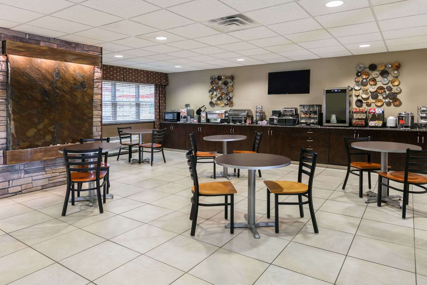 proam - Microtel Inn & Suites by Wyndham Steubenville