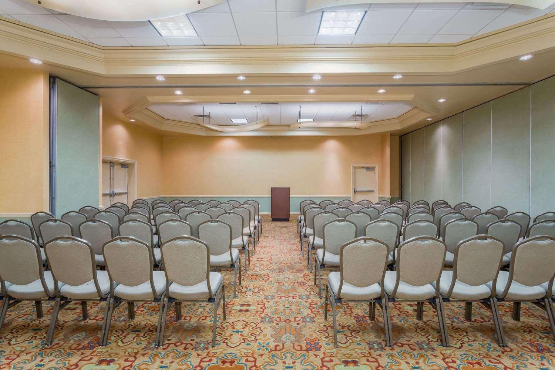 Meeting Facilities - Wyndham Garden Phoenix Midtown Hotel