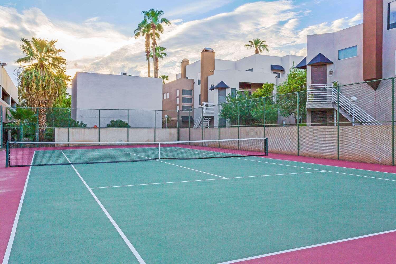Recreation - Wyndham Garden Phoenix Midtown Hotel