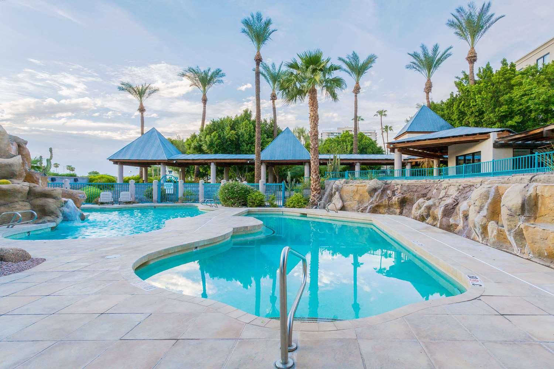 Pool - Wyndham Garden Phoenix Midtown Hotel